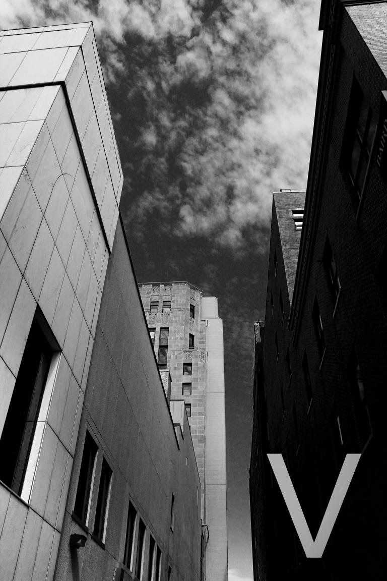 alley gray bw V